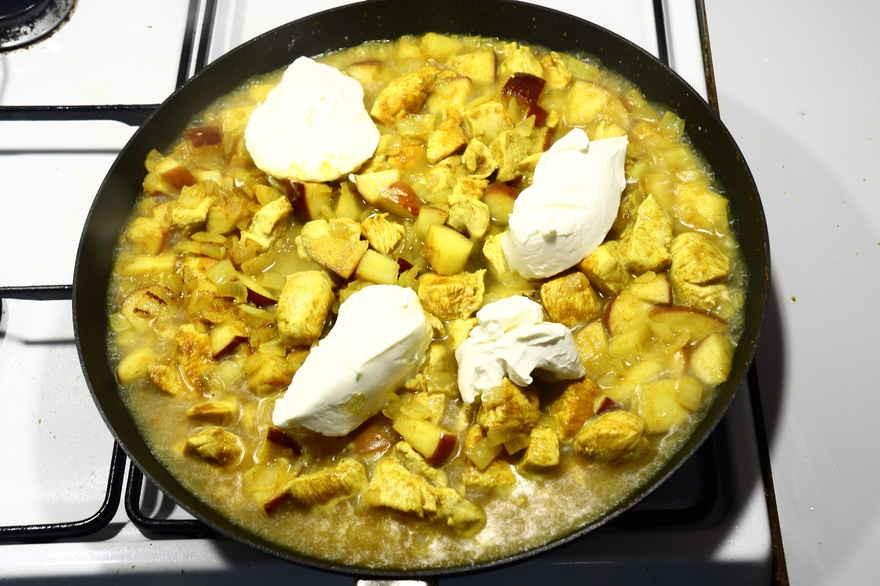 Kylling i karry – hurtigt, nemt og lækkert
